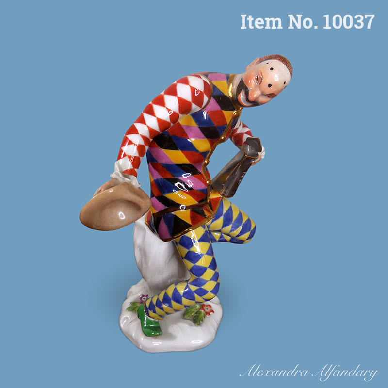 Item No. 10037: A Meissen Porcelain Greeting Harlequin With Tankard, ca. 1900-1910