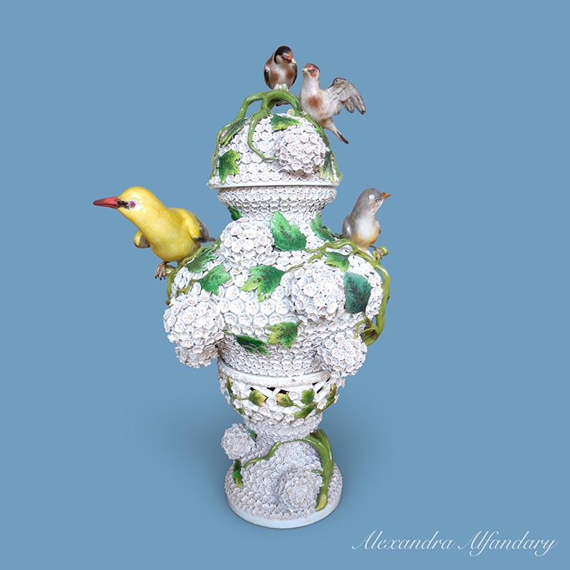 A Superb Large Meissen Porcelain Snowball Decorated Vase And Lid Ca